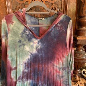Hooded tie dye maxi dress